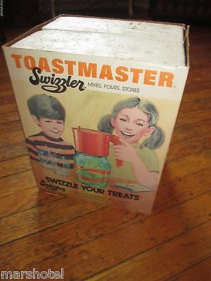TOASTMASTER SWIZZLER 1970's BATTERY OPERATED MIXING SERVING GLASS PITCHER