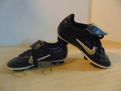 Soccer Shoes Cleats Childrens Size 11.5 Nike Black Gold