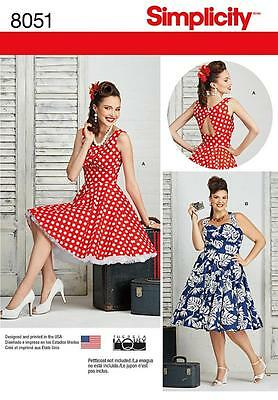 SIMPLICITY SEWING PATTERN MISSES'/WOMEN'S DRESSES 1950s SIZE 10-18 20W-28W 8051