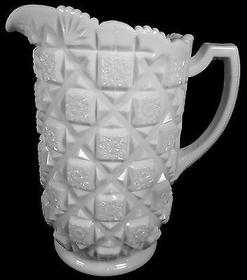 Vintage Westmoreland Elegant Milk Glass Old Quilt Pattern 48oz. Water Pitcher