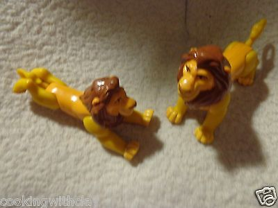 """Lot Of 2 Disney Lion King  Simba   Pvc  3.5"""" X 5"""" Figures Jointed Legs & Arms"""