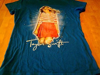 "Taylor Swift 2011 ""speak Now World Tour"" Concert Tee-Cities On Back-Jr. Medium"