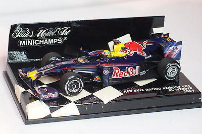 Minichamps F1 Red Bull Racing  Renault Rb5 Webber 2009 1/43