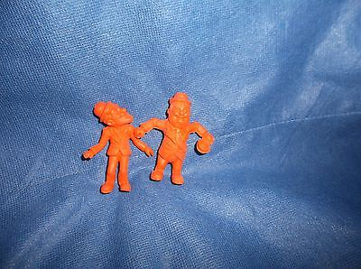 "Vintage Set of 2 1983 Laurel /& Hardy 2 1//2/"" Orange Toy Erasers"