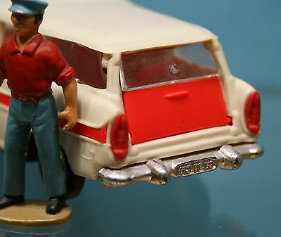 NOR049 - Feux rouge pour ambulance Simca Marly Norev N° 41
