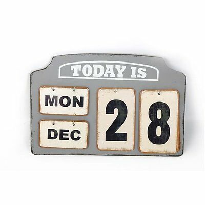 Wooden & Metal Tags Desk Top Calendar Vintage Style Day Date Month Retro Gift