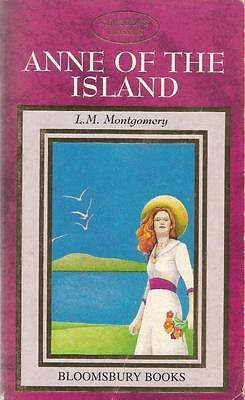 Anne of the Island by L.M. Montgomery - Paperback  -S/Hand