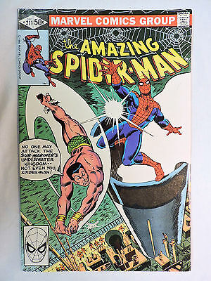 THE AMAZING SPIDER-MAN #211 Marvel Comic Book (NM)