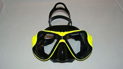 Diving Mask Yellow Black Oil Based Rubber Tempered Glass Professional Grade  96