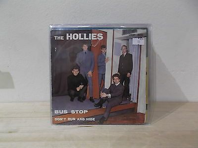 "THE HOLLIES ‎Bus stop/Don't run and hide   7"" VG+/VG+  ITA"