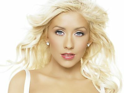 Christina Aguilera 8X10 Glossy Photo Picture Image #7