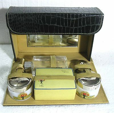 Cara Nome travel set 1930's empty except for rouge ᴾ