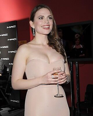 Hayley Atwell 8X10 Glossy Photo Picture Image #4