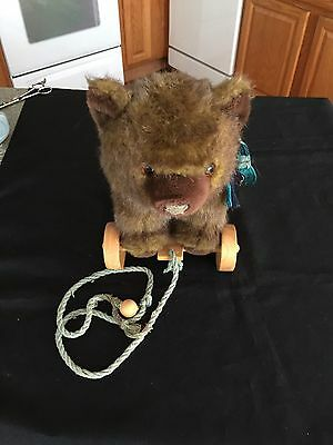Bear On Wheels  Pull Toy By Applause