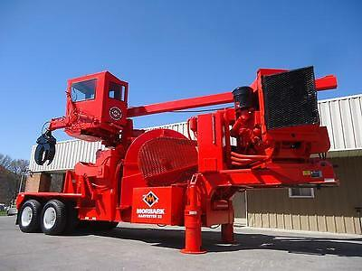 Morbark Total Chiparvestor Chip Harvestor 22 Whole Tree Chipper Mulcher Grinder