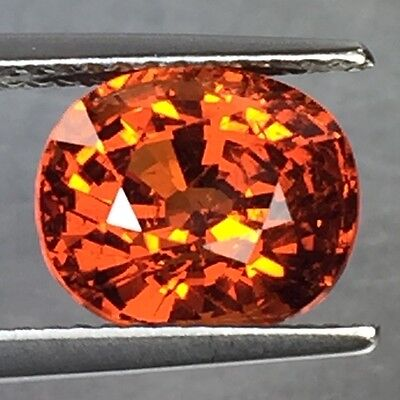 5.25 Cts Top Lustrous Oval Shaped Nigerian Mine Spessartite Gemstone!!!
