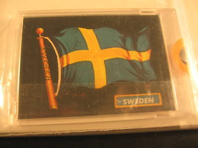 1970 Topps Flags of the World Sticker Card Sweden