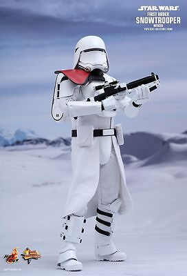 """Sideshow Hot Toys 12"""" MMS322 Star Wars First Order Snowtrooper Officer Figure"""