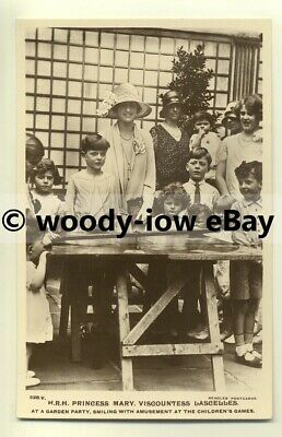 r0117 - Princess Mary at a Garden Party with children  - postcard