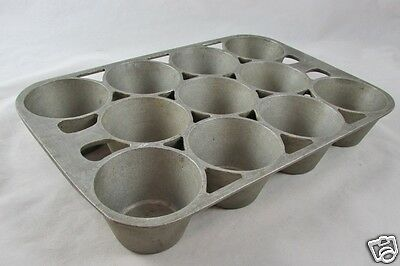 ERIE 949 Popover Muffin Pan Cast Aluminum No. 10 Pre-Griswold 11 Cups