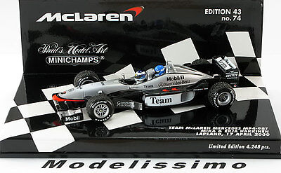 1:43 Minichamps McLaren Mercedes MP4/98T Mika and Erja Hakkinen 2000