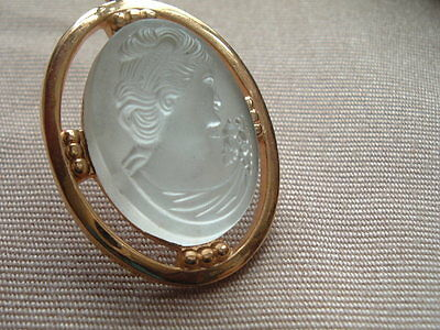 Vintage Frosted Glass Cameo Lady Pendant On Chain In Gift Box