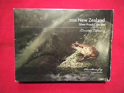 2008 New Zealand Proof Set, Inc. 28.28g Silver Proof $5 Hamilton's Frog Coin