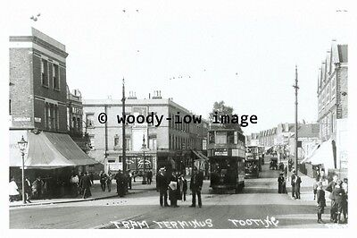 a0404 - London Tram at Tooting Terminus - photograph