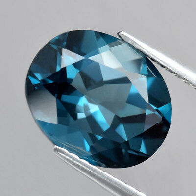 4.16 ct. Feiner ovaler 11 x 8.8 mm London Blue Topas