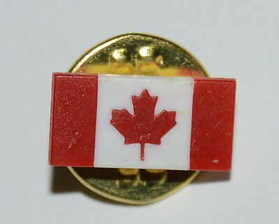 WOW Vintage Small Plastic Canadian Canada Flag Red & White Lapel Pin Rare