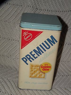 VINTAGE NABISCO PREMIUM SALTINES GOLDEN GLOW TIN CRACKER advertising