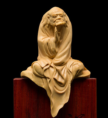TJ101 -- 10.5 CM High Carved Boxwood carving : Damo Monk (without the stand )
