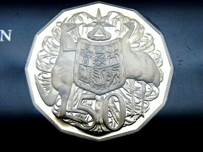 Brilliant coin in 2 x 2 holder. 2006  20 cent proof coin.Only 45,373 made
