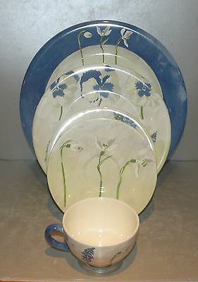 NEW 5 Pieces Place  setting  Alice  Pattern  Gien  NEW