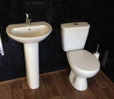 Villia Toilet and Sink Suite with soft Close Seat Complete with Cistern