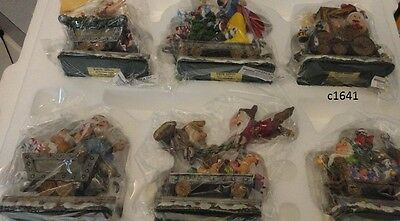 Danbury Mint Disney SNOW WHITE AND THE SEVEN DWARVES CHRISTMAS TRAIN new in box
