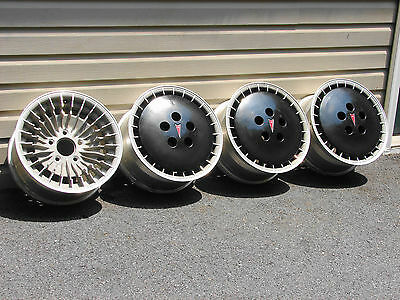 82 83 Pontiac 15 X 7 Trans Am Knight Rider Turbo Cast Wheels