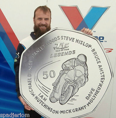 2016 ISLE OF MAN TT LEGENDS 50p COIN SHOWING BRUCE ANSTEY ON BRAY HILL *FREE P&P
