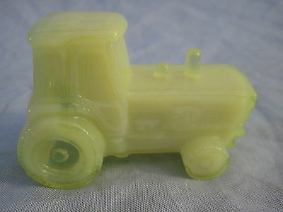 Boyd Glass Art Glass TRACTOR Harvest Gold OR YELLOW Free Shipping