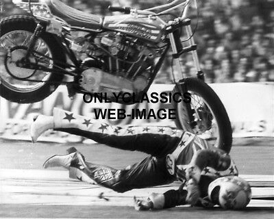 Evel Knievel Crashes Harley Davidson Xr 750 Motorcycle On Jump Photo Daredevil