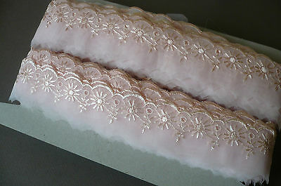 Vintage Swiss Embroidered Organza Lace Trim. 4cms. x 3 Metres. Pale Pink