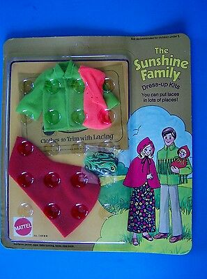 Rare 1975 SUNSHINE  FAMILY DRESS-UP KITS  with LACING OUTERWEAR Family of 3 MIP