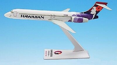 Hawaiian Airlines,  Boeing  717-200    Desk Model
