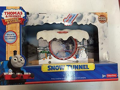Snow Tunnel Y9606 for the Thomas & Friends Wooden Railway System