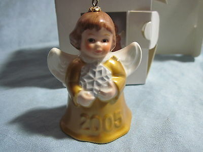 2005 Goebel ANGEL BELL ORNAMENT Yellow Gold With Snowflake in Box FREE SHIPPING