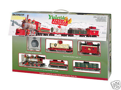 On30 Scale Bachmann 25022 Yuletide Special Delivery Train Set