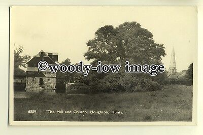 tp0244 - Hunts - The Water Mill & Church from the fields, in Houghton - Postcard