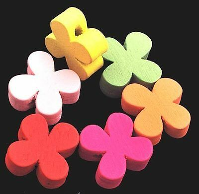 Pack of 30 x 19mm  Wooden Flower Shaped Beads J1311 w0121