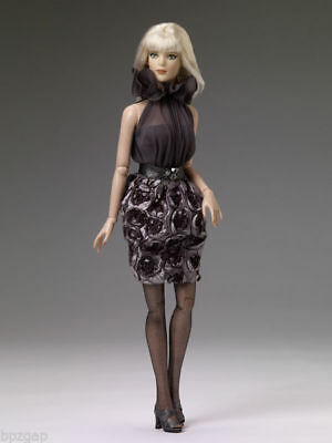 Tonner Shades of Grey Doll Outfit T13TWOF01