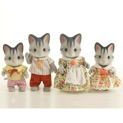 *NEW* SYLVANIAN FAMILIES 4795 Grey Cat Family - set of 4 - Adults 8cm